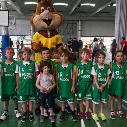 L'escola Paidos participa a la trobada d'escoles de bàsquet a Igualada